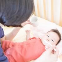 赤ちゃんが水分補給を嫌がるときの適切な対応方法