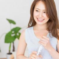 化粧品より効果あり?シワやタルミ・ニキビに天然水が良い理由